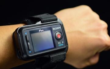 小酷拍大玩家——索尼AZ1佩戴式运动摄像机测评
