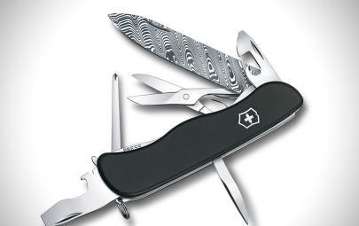 维氏Outrider瑞士军刀-精美的大马士革花纹,使刀刃更锋利