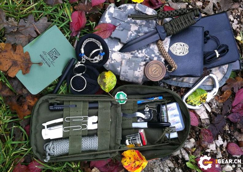 预防危险的野外生存必备装备是什么