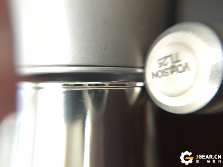 VOLLSION  TL23钛合金氚气灯——我小,但是我持久!