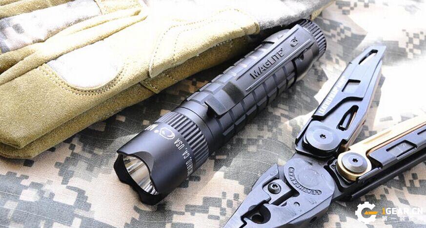 来自军事战术使用者的推荐 MAG LITE战术强光手电筒