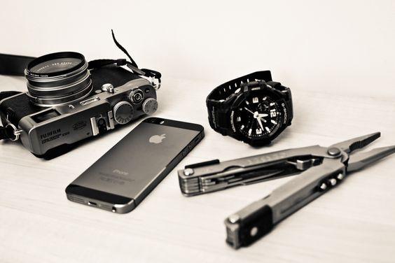 手机腕表跟钳子,最基本的城市EDC