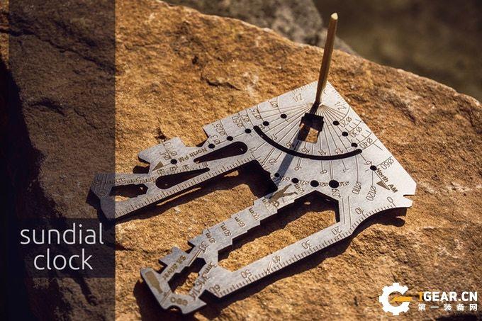 集60多种工具于一身的UNIVERSAL3.0多用工具卡 请叫我百变星君