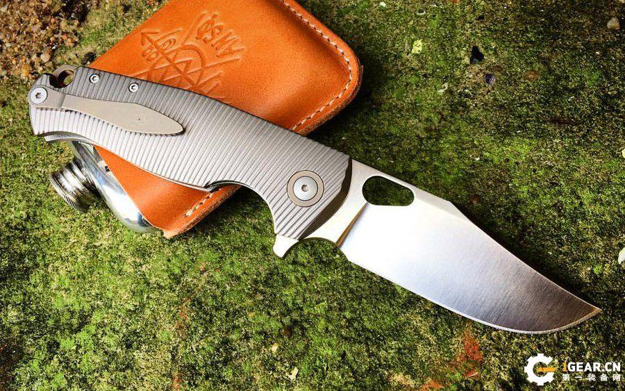 买不起高端定制刀 可以看着八款合作生产刀