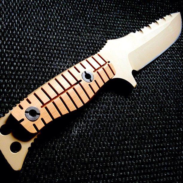 《红海行动》特战利器盘点之刀友角度——BENCHMADE蝴蝶 375