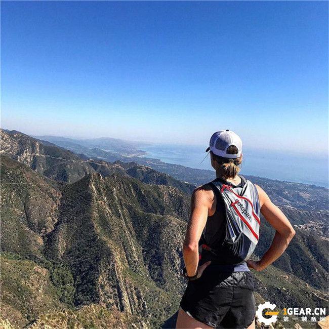cotopaxi Veloz 水袋包,越野跑步包评测。